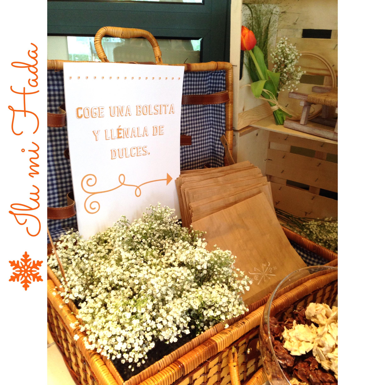 23. Detalle cesta de picnic mesa de dulces