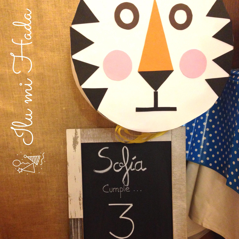 1. Cartel y piñata