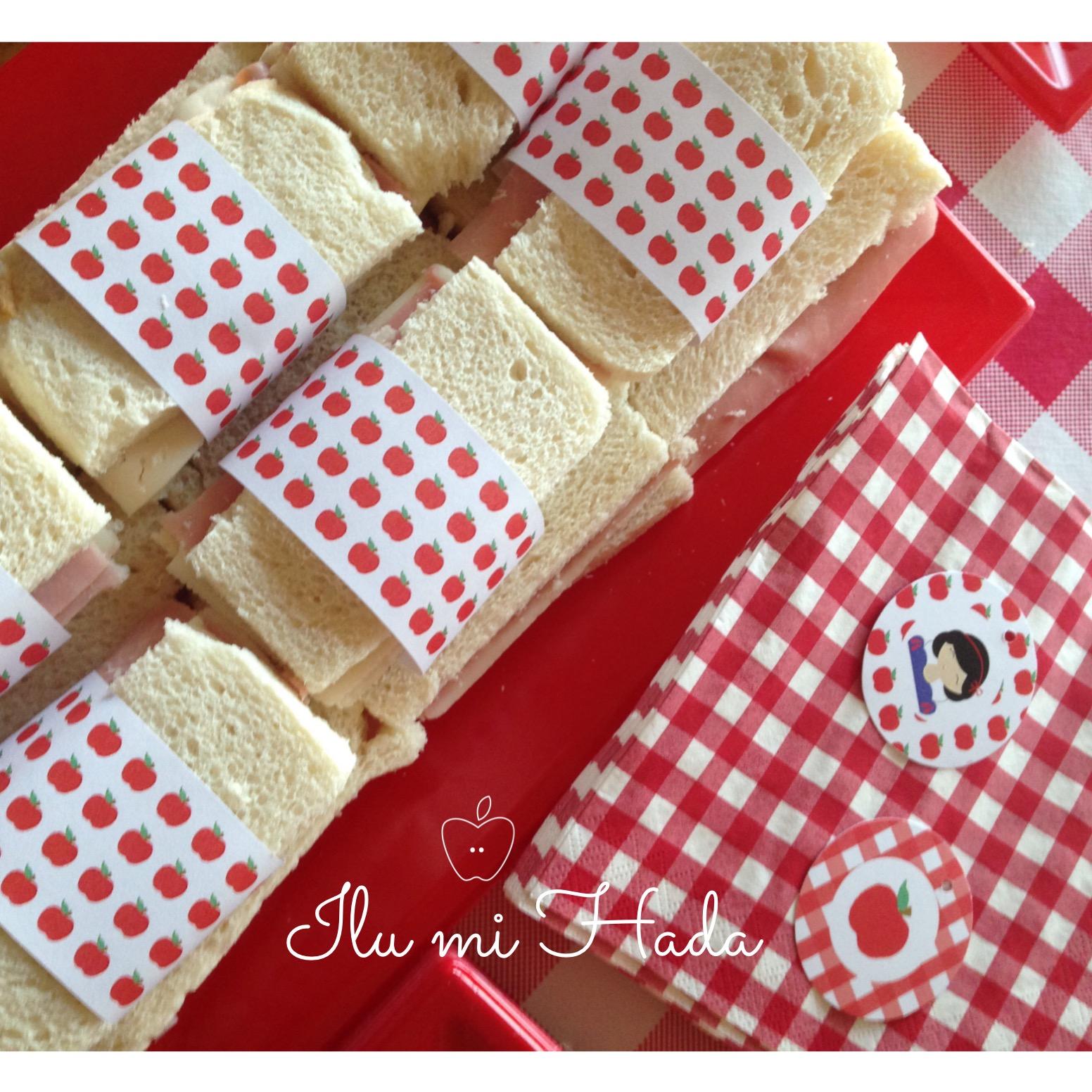 18. Sandwiches y servilletas