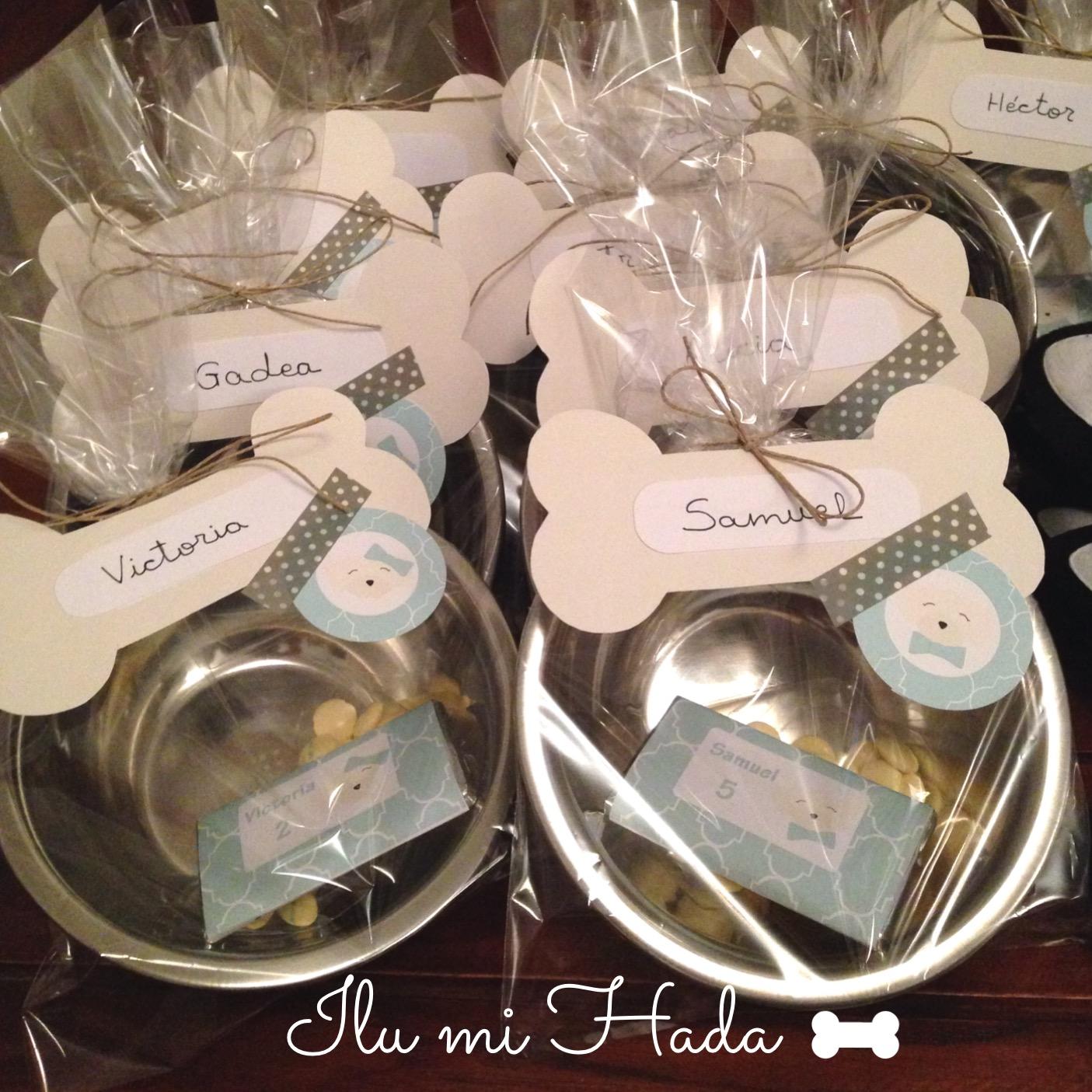 15. Cuencos de regalo con chocolatinas para los niños