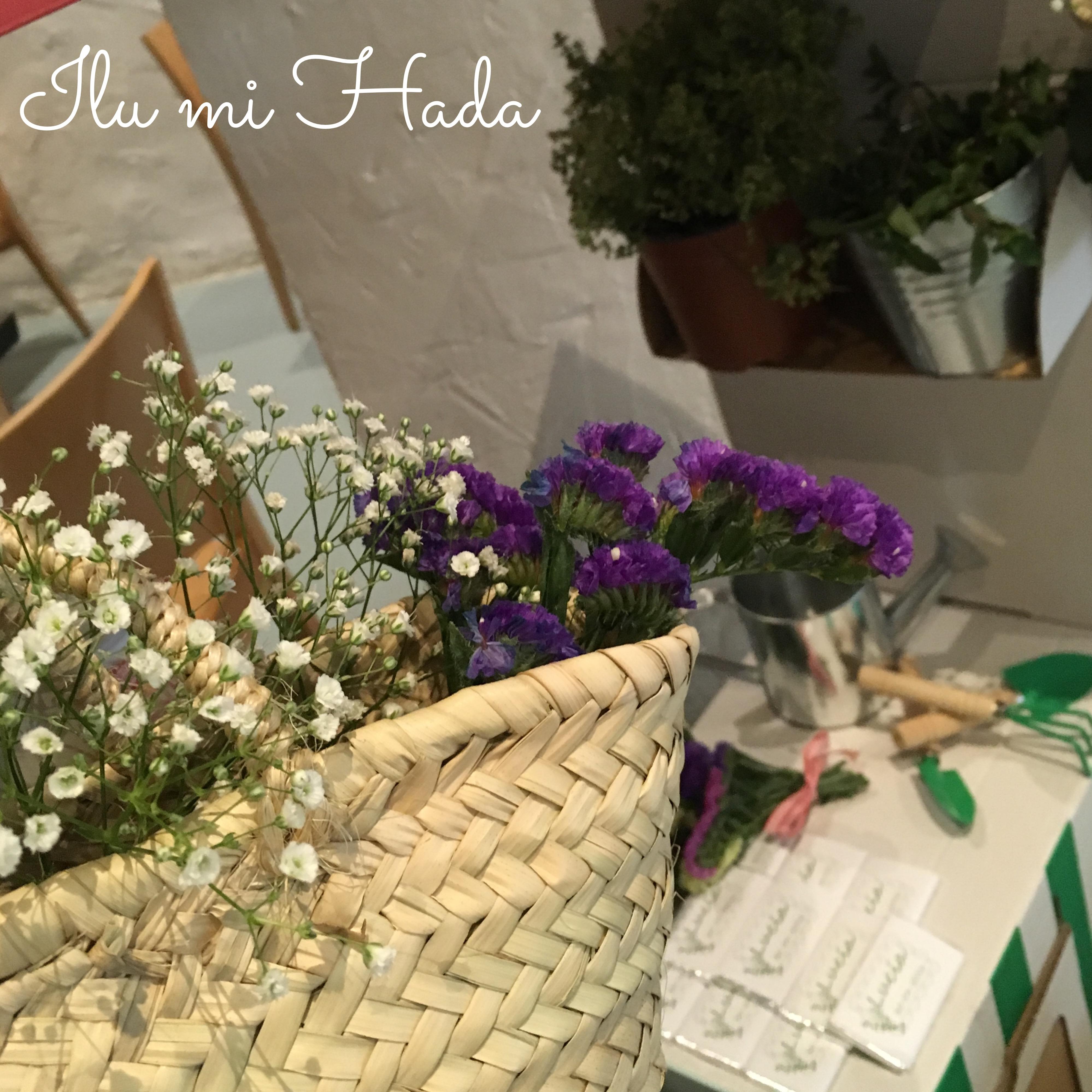 8. Cestos con flores