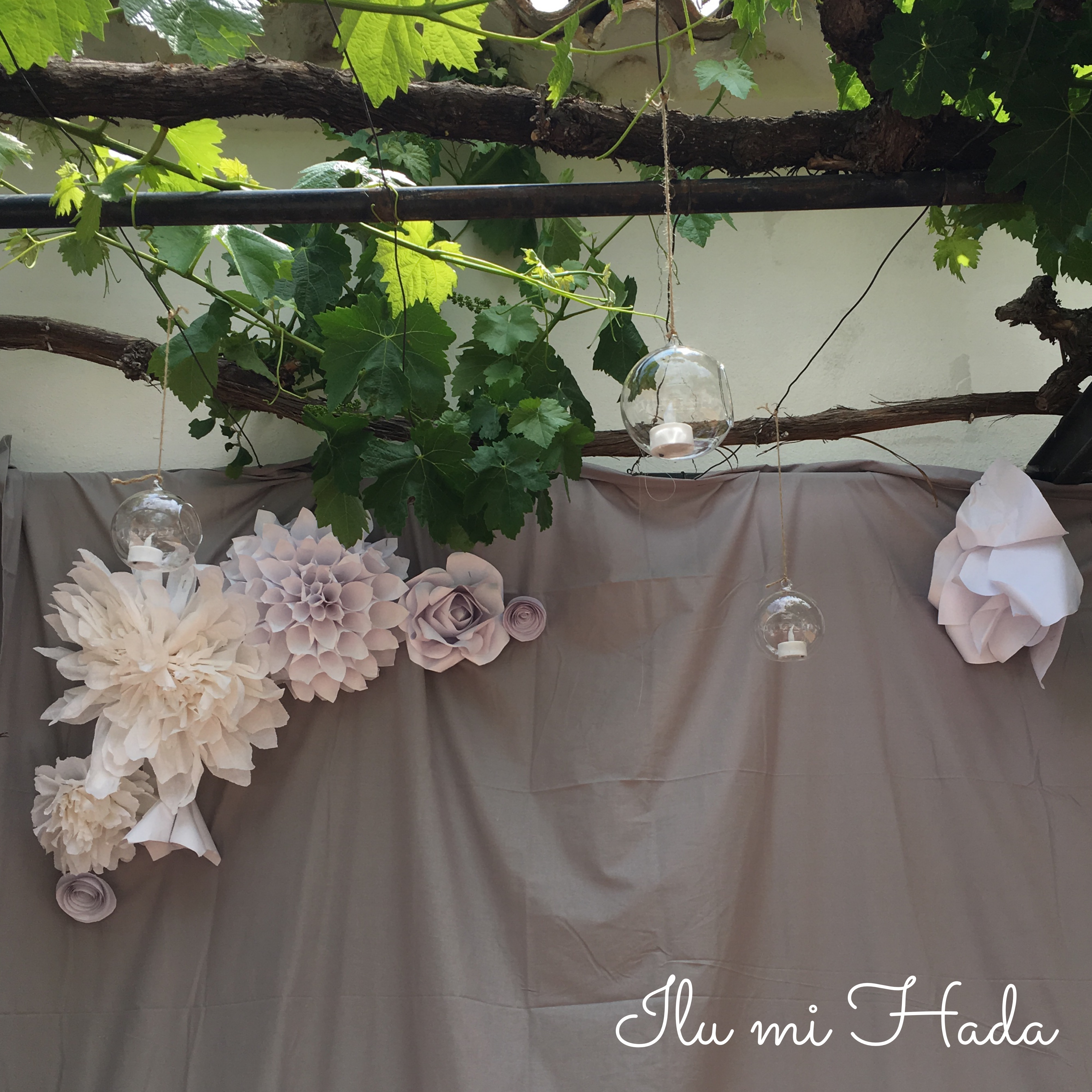 15. Detalle flores photocall